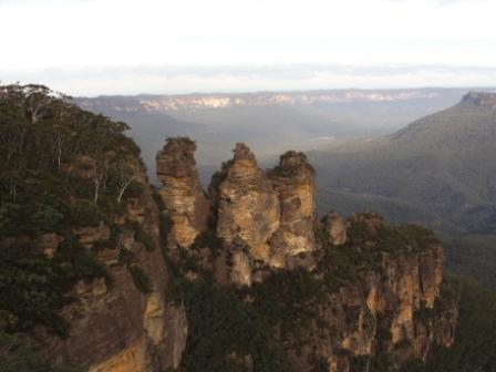 Blue Mountains .Three Sisters